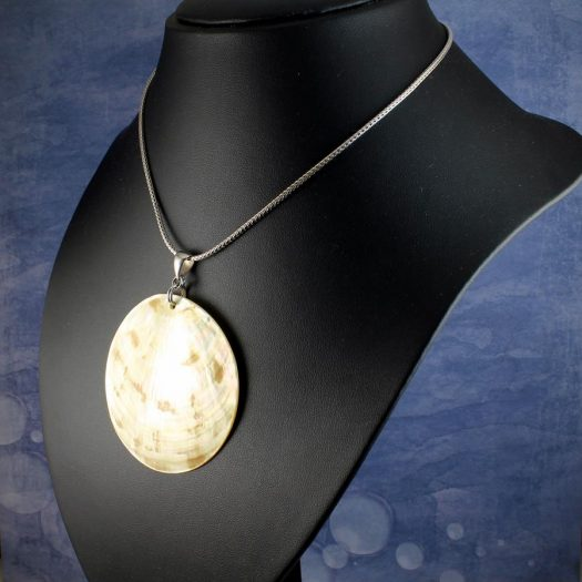 Beige Mother-of-Pearl Circle N-0172-d