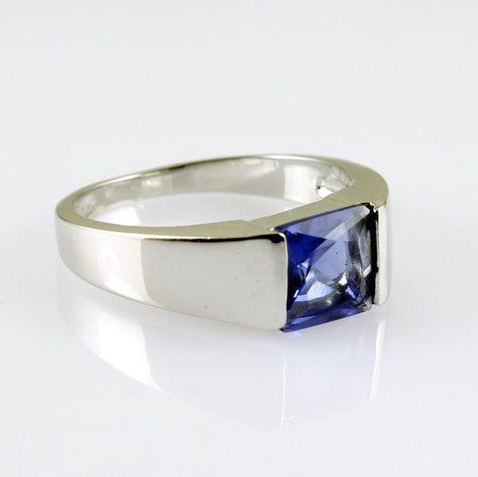Blue Quartz Ring R-0194-b