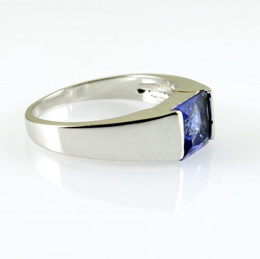Blue Quartz Ring R-0194-c