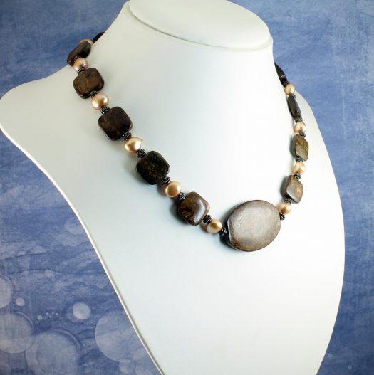 Bronzite Freshwater Pearls N-0120-i