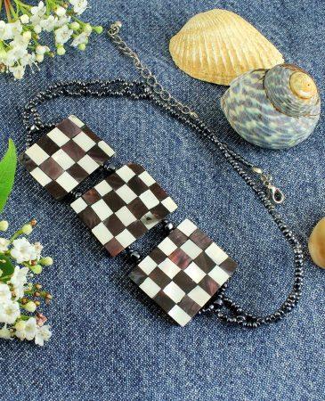 Chequerboard Collar-Choker N-0151-g