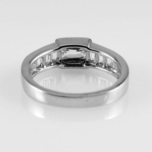 Clear Quartz Crystal Ring R-0184-d