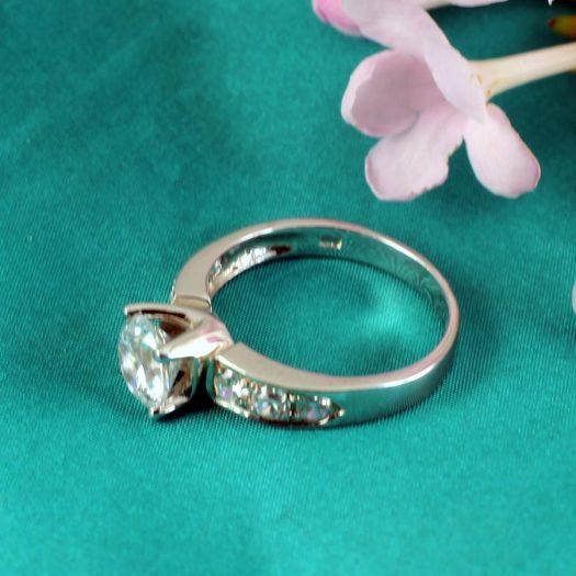 Clear Quartz Crystal Ring R-0187-b