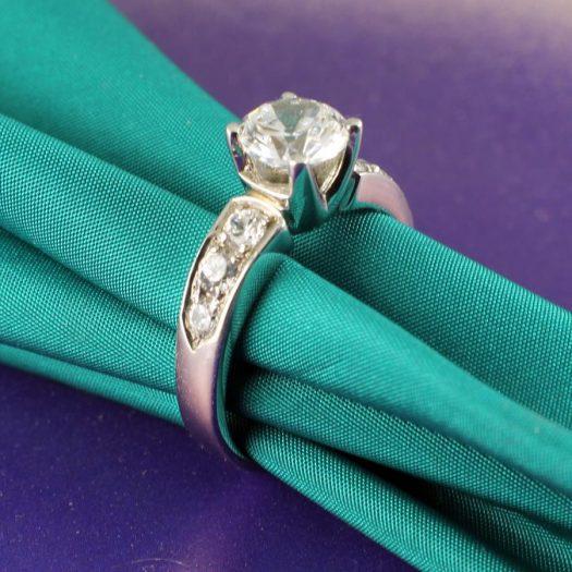 Clear Quartz Crystal Ring R-0187-c