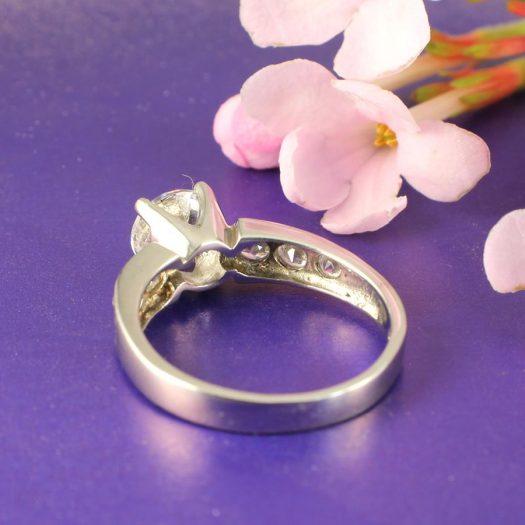 Clear Quartz Crystal Ring R-0187-i