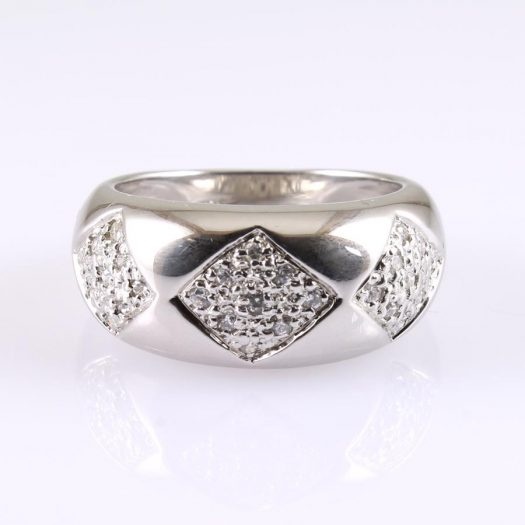 Cubic Zirconia Cluster Ring R-0185-e