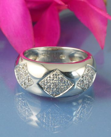 Cubic Zirconia Cluster Ring R-0185-i