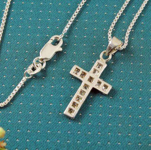 Cubic Zirconia Silver Cross N-0111-l