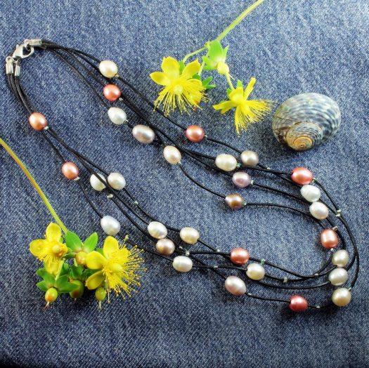 Floating Handpainted Pearls N-0109-c