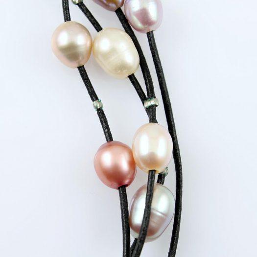 Floating Handpainted Pearls N-0109-f