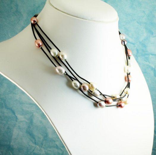Floating Handpainted Pearls N-0109-m