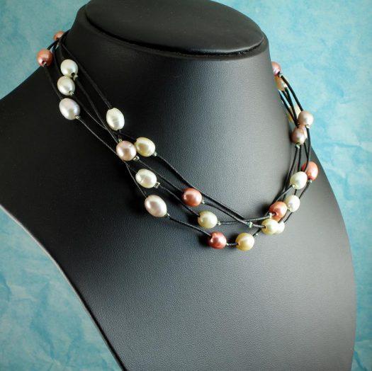 Floating Handpainted Pearls N-0109-n