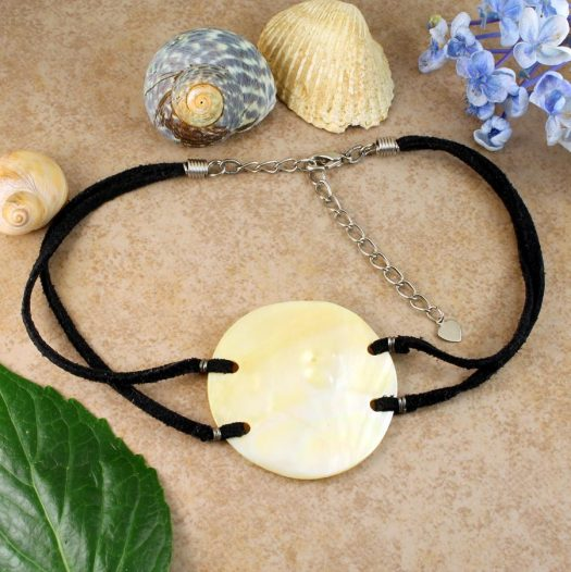 Mother-of-Pearl Circle N-0185-e