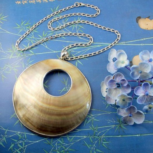 Mother-of-Pearl Circles N-0138-b