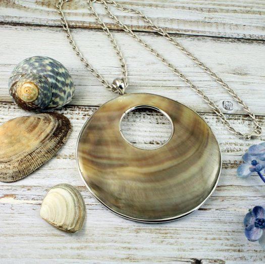 Mother-of-Pearl Circles N-0138-c