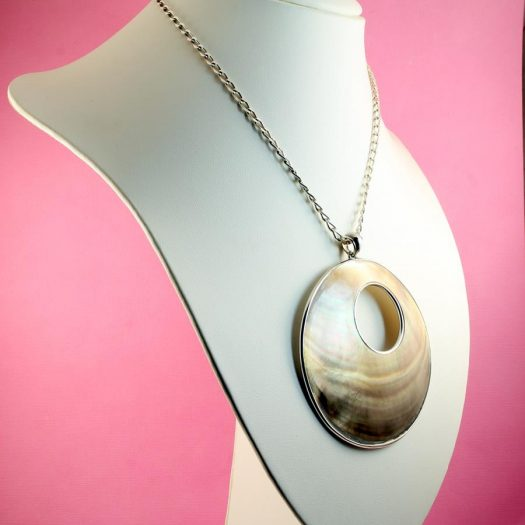 Mother-of-Pearl Circles N-0138-d