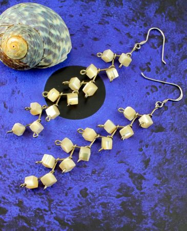 Mother-of-Pearl Cubes E-0108-a