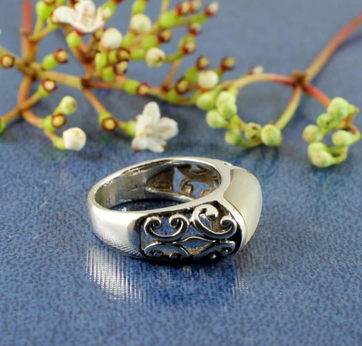 Mother-of-Pearl Filigree Ring R-0201-h