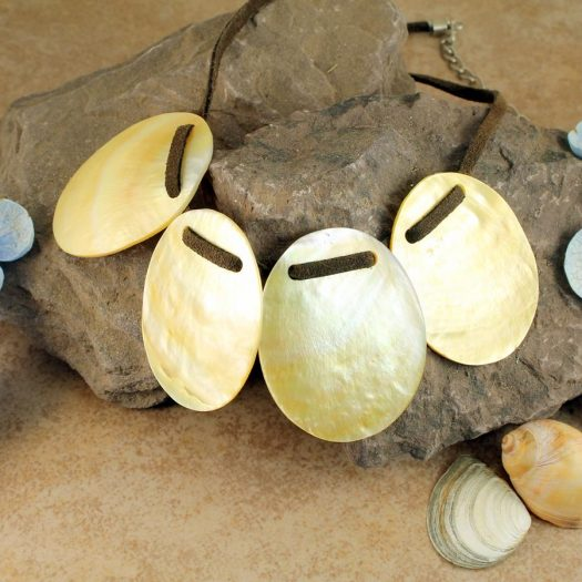 Mother-of-Pearl Four Ovals N-0173-f