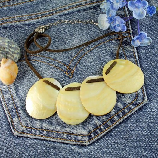 Mother-of-Pearl Four Ovals N-0173-l
