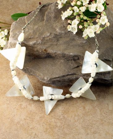 Mother-of-Pearl Triangles N-0147-c