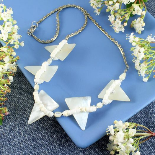 Mother-of-Pearl Triangles N-0147-g