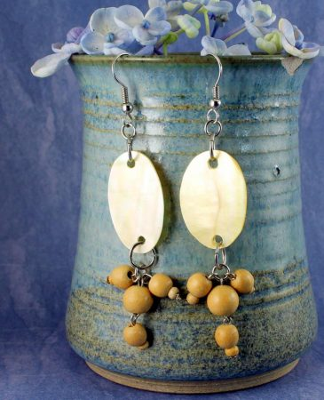 Mother-of-Pearl Wood Drops E-0113-c