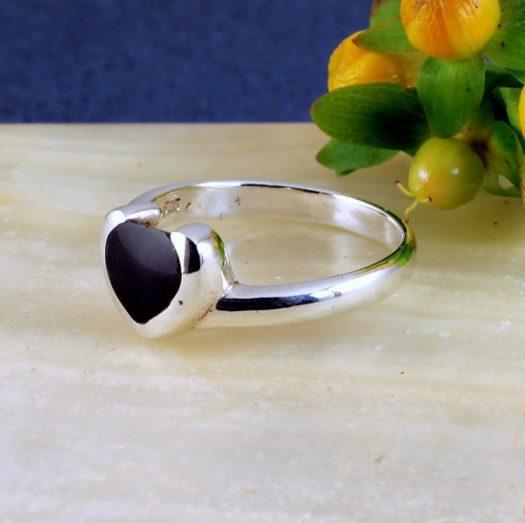 Onyx Heart Ring R-0199-b