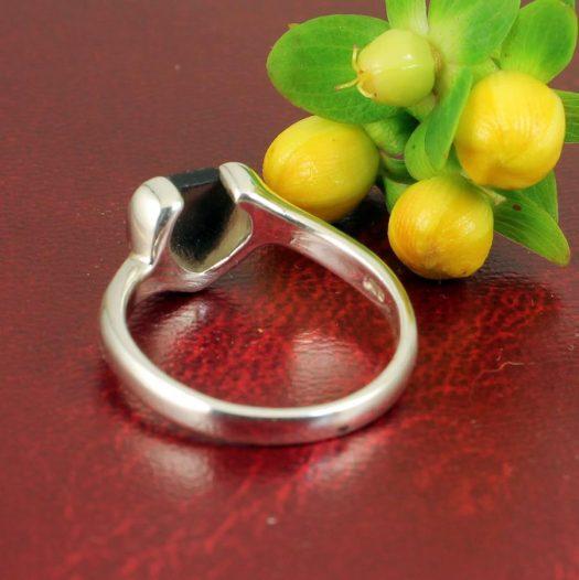 Onyx Heart Ring R-0199-f