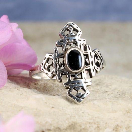 Onyx & Silver Aztec Ring R-0197-a