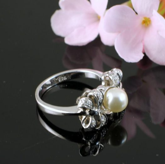 Pearl & Marcasite Ring R-0188-b