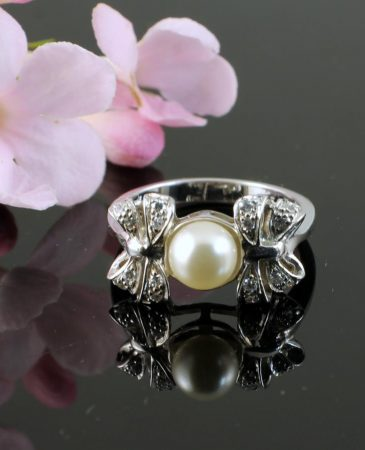 Pearl & Marcasite Ring R-0188-d