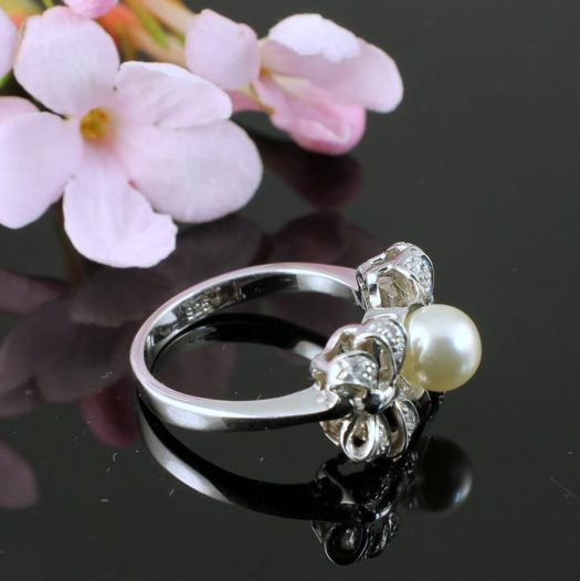Pearl & Marcasite Ring R-0188-j