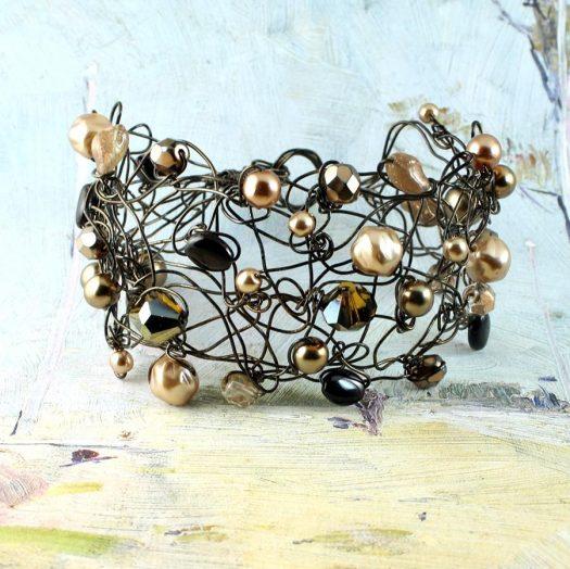 Pearl Wire-Wrapped Bracelet B-0159-g