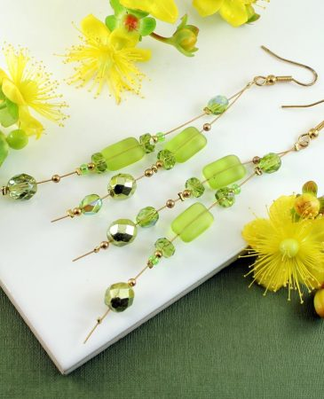Peridot Green Long Drops E-0102-g