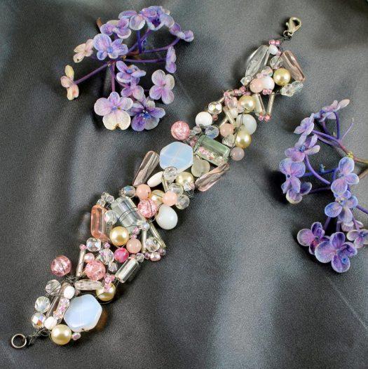 Pink Wire-Wrapped Bracelet B-0154-d