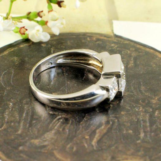 Quartz Crystal Ring R-0189-d