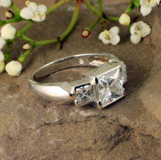 Quartz Crystal Ring R-0189-g