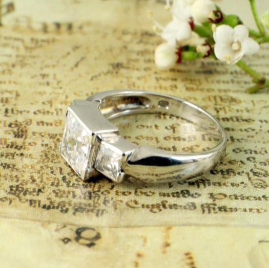 Quartz Crystal Ring R-0189-h