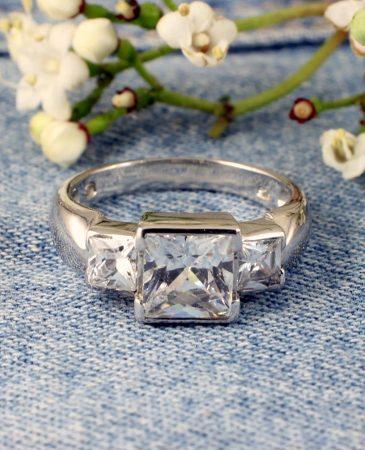 Quartz Crystal Ring R-0189-i