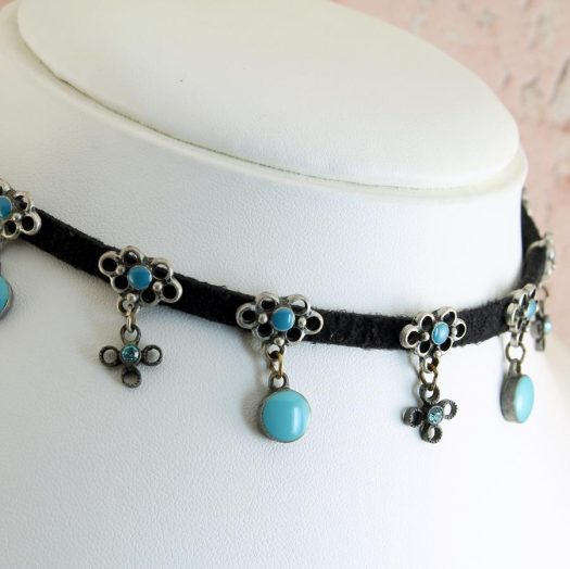 Turquoise Charms Collar-Choker N-0104-a