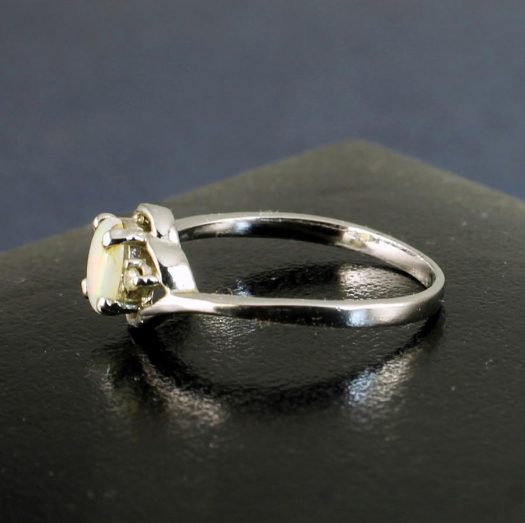 White Opal Ring R-0208-b