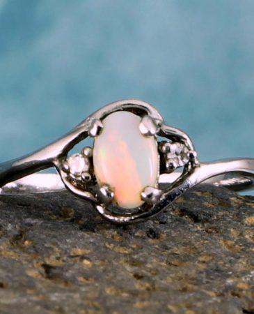 White Opal Ring R-0208-j