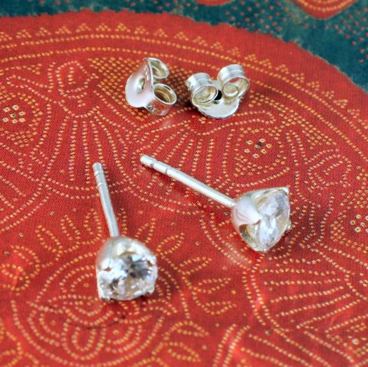 Clear Quartz Crystal Studs E-0221 -e