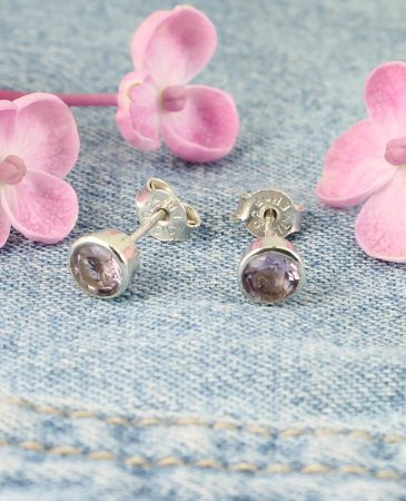 Light Amethyst Studs E-0225-f