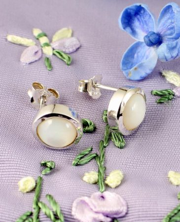Moonstone Barrel Studs E-0209-b