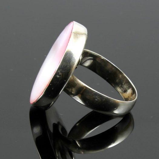 Pink Mother-of-Pearl Ring R-0214-i
