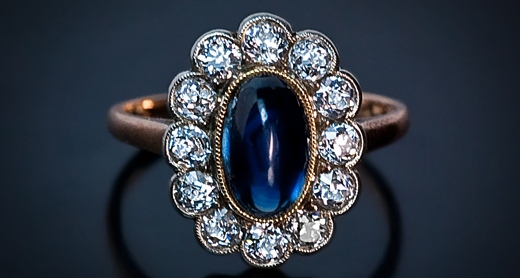 sapphire_and_diamond_cluster_ring