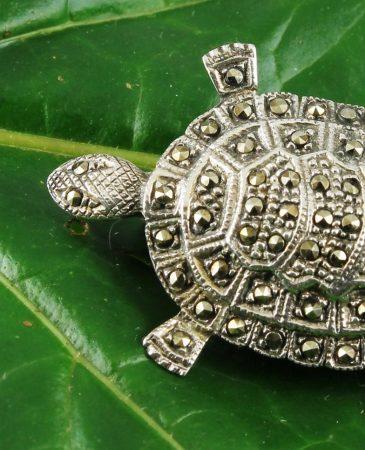 Vintage_Marcasite_&_Silver_Turtle_Brooch-G-0105-b (Copy)