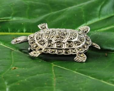 Vintage_Marcasite_&_Silver_Turtle_Brooch-G-0105-d (Copy)